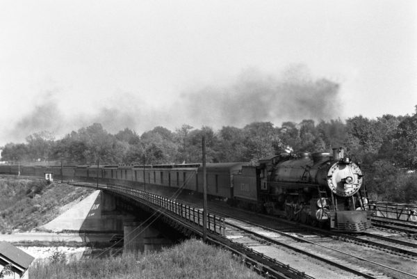 4-8-2 1501 with the Texas Special at Southeasterm Junction, St. Louis, Missouri in 1941 (William K. Barham)