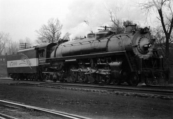 4-8-4 4500 new at Lindenwood Yard, St. Louis, Missouri in 1942 (William K. Barham)