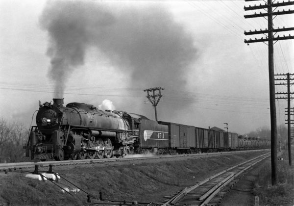 4-8-4 4511 Extra Westbound at Southeastern Junction in December 1942 (William K. Barham)