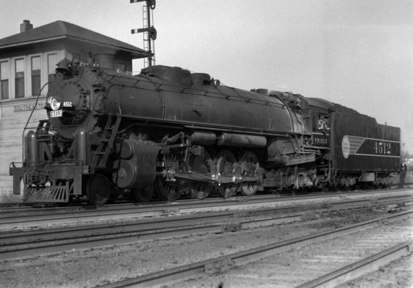 4-8-4 4512 at Southeastern Junction in November 1942 (William K. Barham)