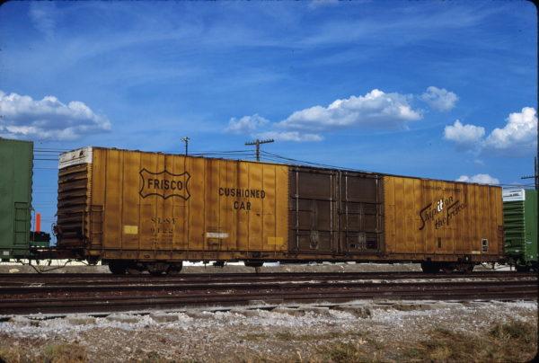 Boxcar 9122 at Fort Worth, Texas on August 18, 1985 (Mark Lynn)