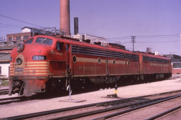 E8A 2008 (Messenger) at Springfield, Missouri in May 1966