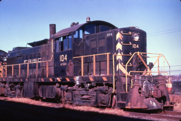 RS-1 104 (date and location unknown) (R. Wallin)