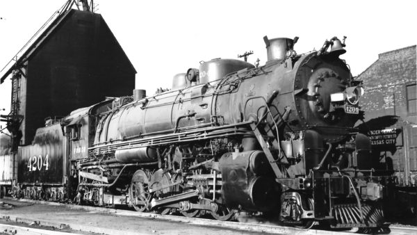 2-8-2 4204 at Kansas City, Missouri (date unknown) (Joe Collias) (Baldwin)