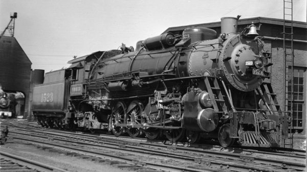4-8-2 1523 at Kansas City, Missouri in July 1938 (Fancher)