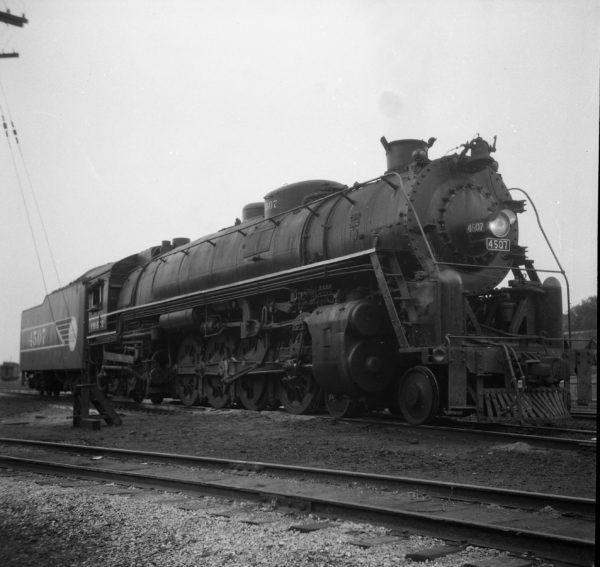 4-8-4 4507 at St., Louis, Missouri (date unknown) (Louis A. Marre)