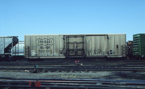 Boxcar 700111 at Pasco, Washington on June 6, 1996 (R.R. Taylor)
