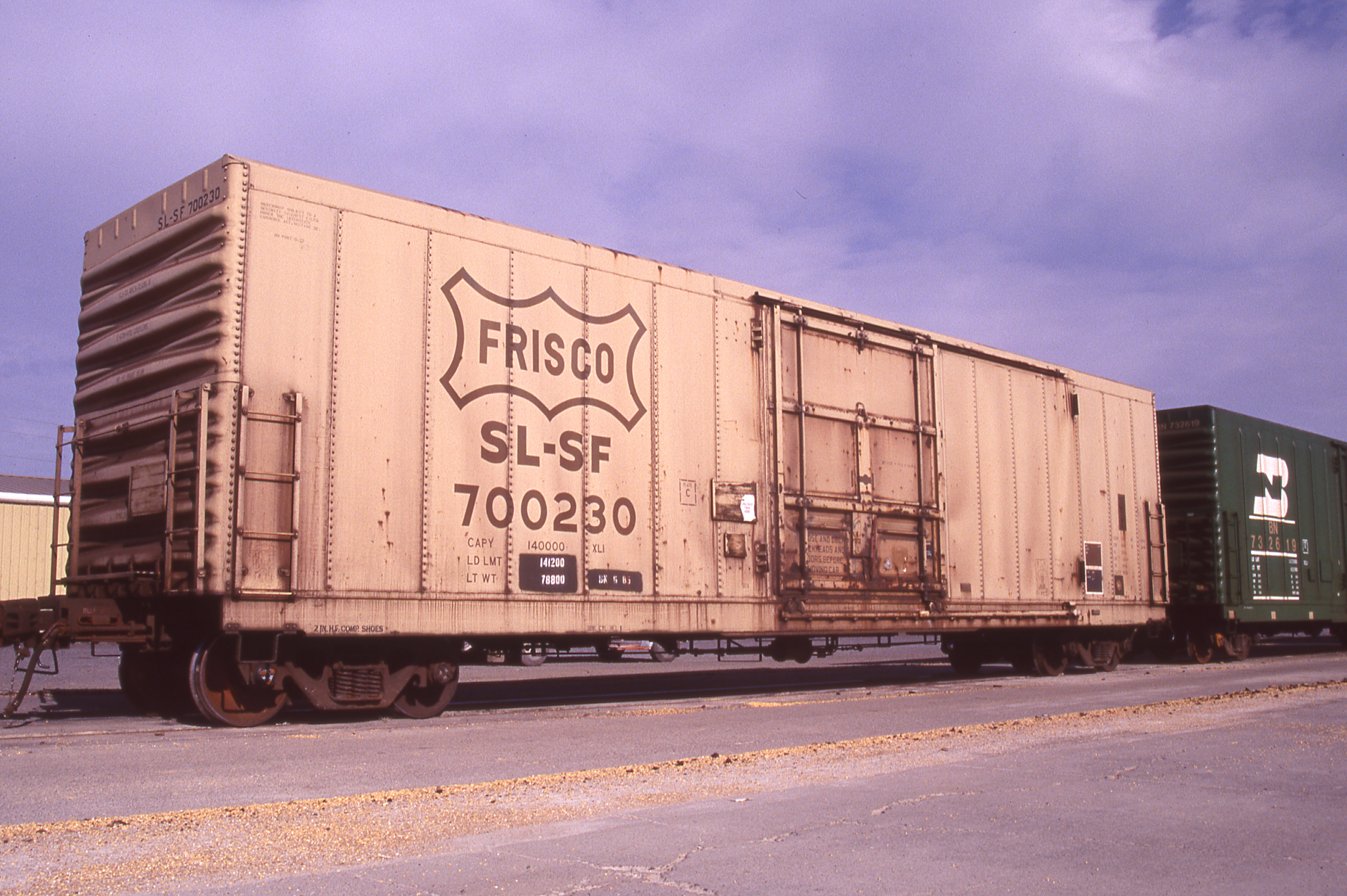 Boxcar 700230 at Pasco, Washington on July 20, 1997 (R.R. Taylor)