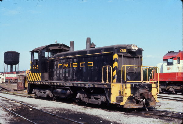 NW2 265 at Birmingham, Al in June 1972