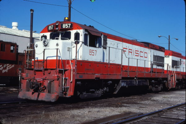 U30B 857 at Oklahoma City, Oklahoma on September 20, 1980 (Bill Bryant)