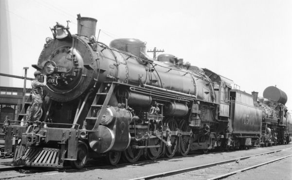 4-8-2 1500 at Lindenwood Yard, St. Louis, Missouri in 1935 (Louis A. Marre)