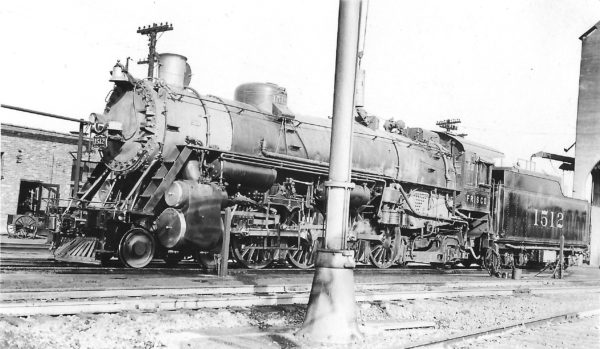 4-8-2 1512 (date and location unknown)