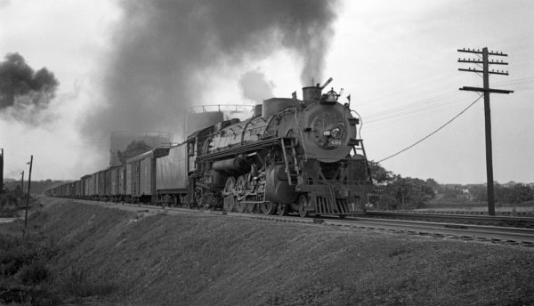 4-8-2 4304 Westbound at Shrewsbury, Missouri in July 1939 (Prusia-Louis A. Marre Collection)