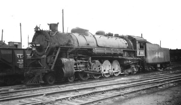 4-8-2 4411 at Springfield, Missouri on May 8, 1948 (Arthur B. Johnson)
