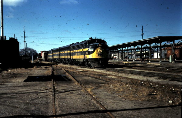 FP7 5041 at Oklahoma City Union Station (date unknown)