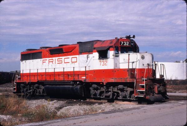 GP35 732 at Springfield, Missouri on October 17, 1980