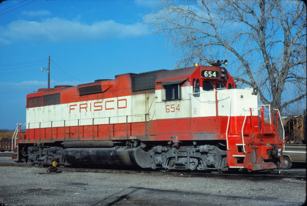 GP38AC 654 at Forth Worth, Texas in February 1980 (Bill Phillips)