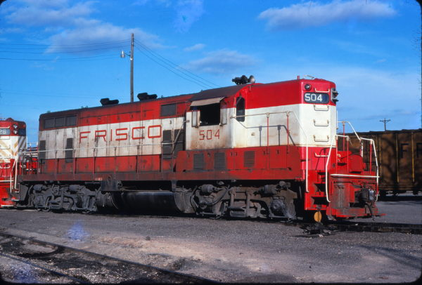 GP7 504 at Fort Worth, Texas on January 11, 1976 (Bill Phillips)