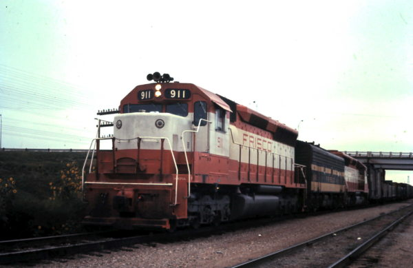 SD45 911 at Sapulpa, OK (date unknown)