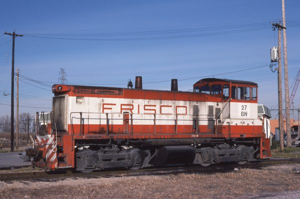 SW1500 27 (Frisco 322) at St. Louis, Missouri on December 10, 1981 (M.A. Wise)