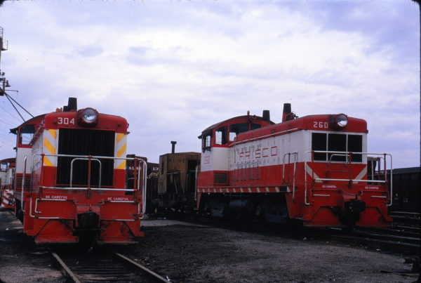 SW7 304 and NW2 260 at St. Louis, Missouri in September 1973 (Ray Sabo)