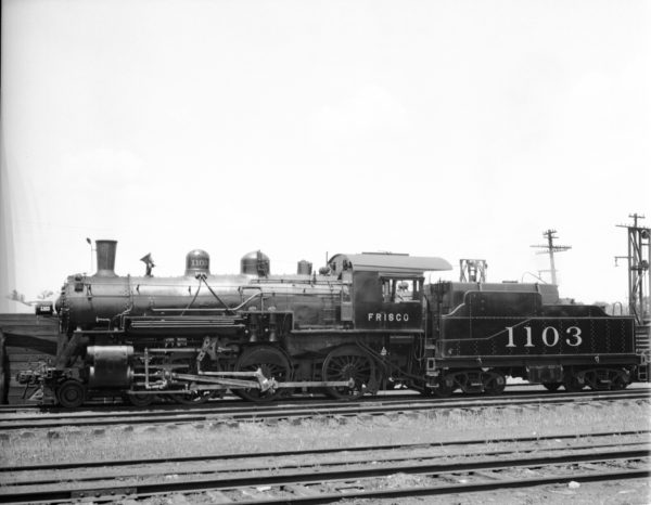 4-6-0 1103 at Lindenwood Yard, St. Louis, Missouri in 1939 (Louis A. Marre)