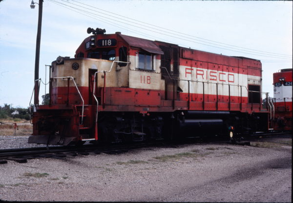 GP15-1 118 at Enid, Oklahoma on October 19, 1980 (Gene Gant)