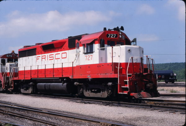 GP35 727 at Tulsa, Oklahoma on May 2, 1980 (Allen Clum)