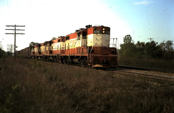 GP7 528 (date and location unknown)