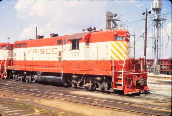 GP7 563 at Tulsa, Oklahoma in June 1970 (Vernon Ryder)