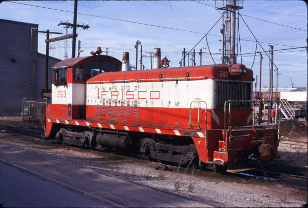 NW2 263 at Kansas City, Missouri on September 23, 1974 (David Hamley)