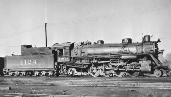 2-8-2 4124 at St. Louis, Missouri in May 1946 (Arthur B. Johnson)