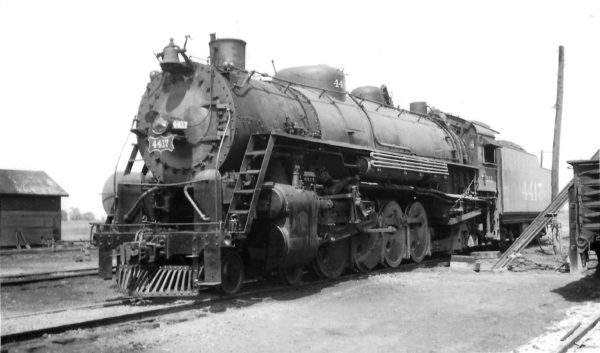 4-8-2 4417 at Afton, Oklahoma on August 22, 1948 (Arthur B. Johnson)