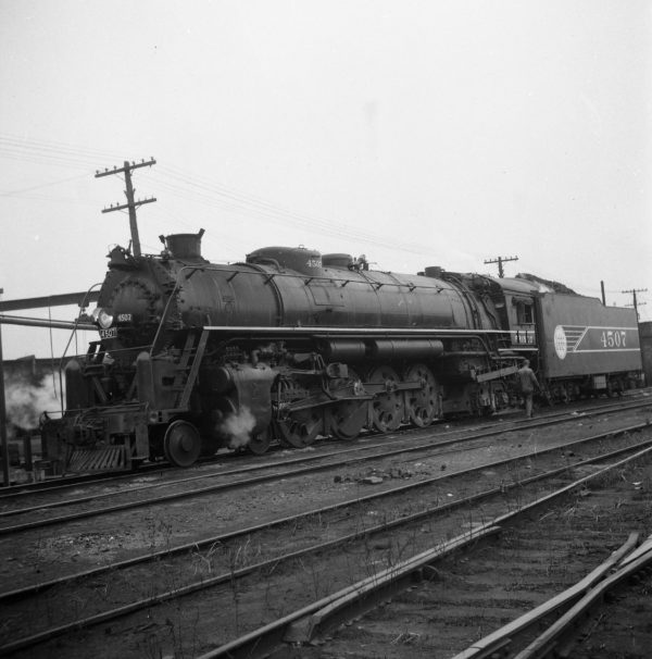 4-8-4 4507 at Lindenwood Yard, St. Louis, Missouri (date unknown) (Cutler-Louis A. Marre)