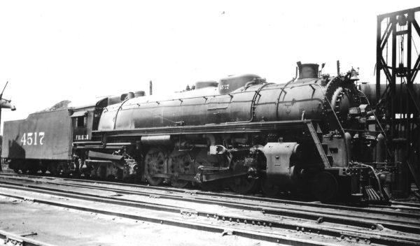 4-8-4 4517 at Springfield, Missouri on October 6, 1946 (Arthur B. Johnson)