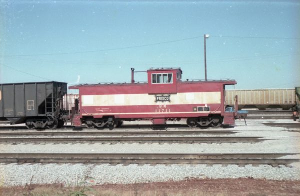 Caboose 11711 (Frisco 1776) (date and location unknown)