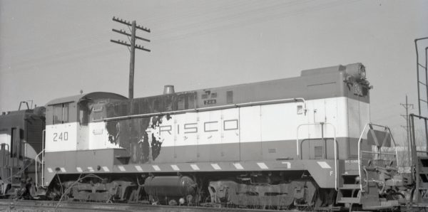 DS-4-4-1000 240 at McCook, Illinois in February 1970