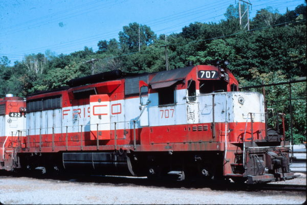 GP35 707 at Kansas City, Missouri on September 3, 1978 (Charly's Slides)