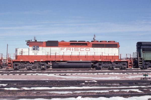 SD40-2 6842 (Frisco 952) at Lincoln, Nebraska in February 1981 (J.C. Butcher)