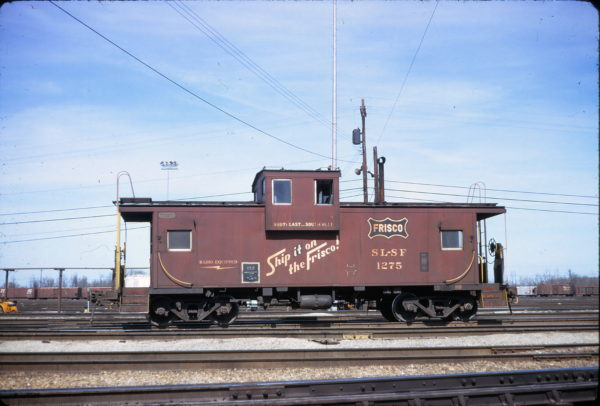 Caboose 1275 at Memphis, Tennessee on February 16, 1975 (Conniff Railroadania Collection)