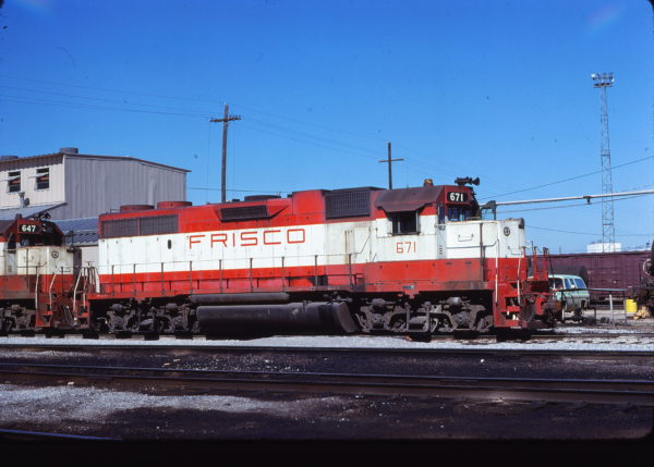 GP38-2 671 at Memphis, Tennessee on October 15, 1978 (David Johnston)