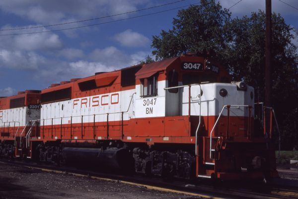 GP40-2 3047 (Frisco 757) at Omaha, Nebraska on September 7, 1981 (Jerry Bosanek)
