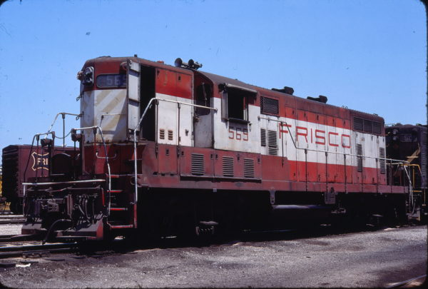 GP7 569 at Fort Smith, Arkansas in September 1977 (Lloyd Neal)