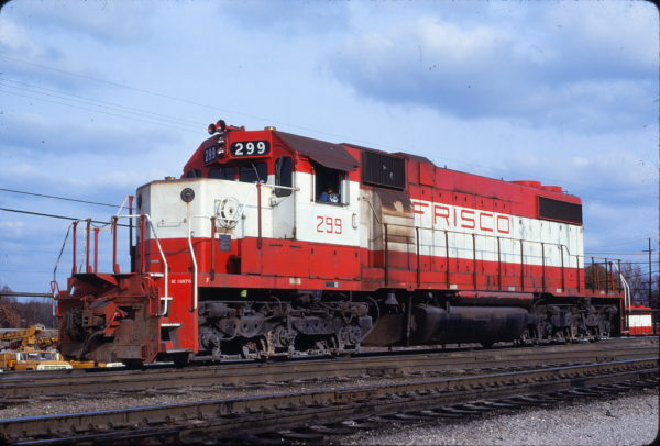 SD38-2 299 at Memphis, Tennessee in December 1980 (Lon Coone)