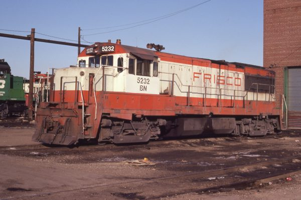 U25B 5232 (Frisco 830) at Cicero, Illinois on January 9, 1981 (P.A. Bergen)