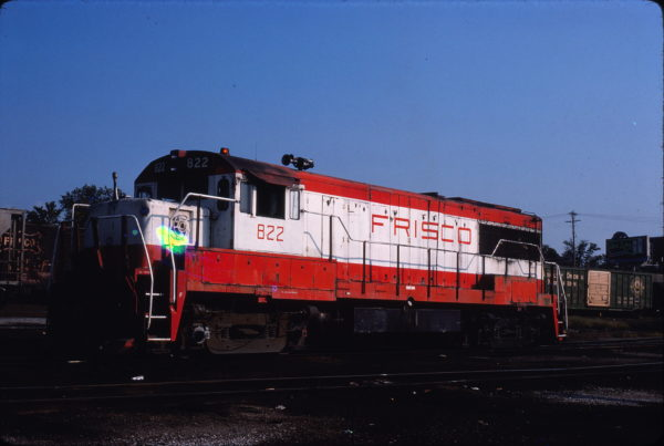 U25B 822 at St. Louis, Missouri on August 29, 1980 (Lee Gregory LeMay Collection)