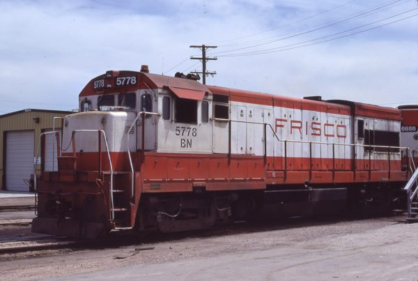 U30B 5778 (Frisco 840) at Kansas City, Kansas on June 6, 1981 (G.H. Menge)