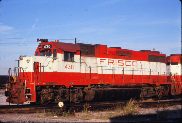 GP38-2 430 at Memphis, Tennessee in December 1980 (Lon Coone)