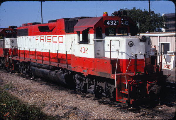 GP38-2 432 at Irving, Texas on September 3, 1978 (Ed Chapman)