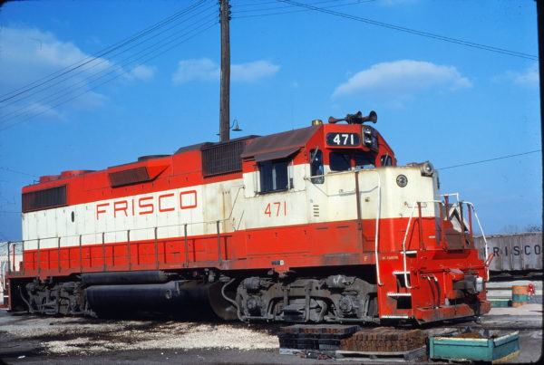 GP38-2 471 at Fort Worth, Texas on February 24, 1980